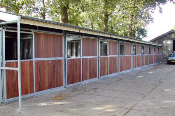 wikobox-paardenstallen-3.jpg